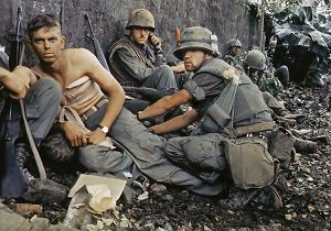 soldiers in vietnam